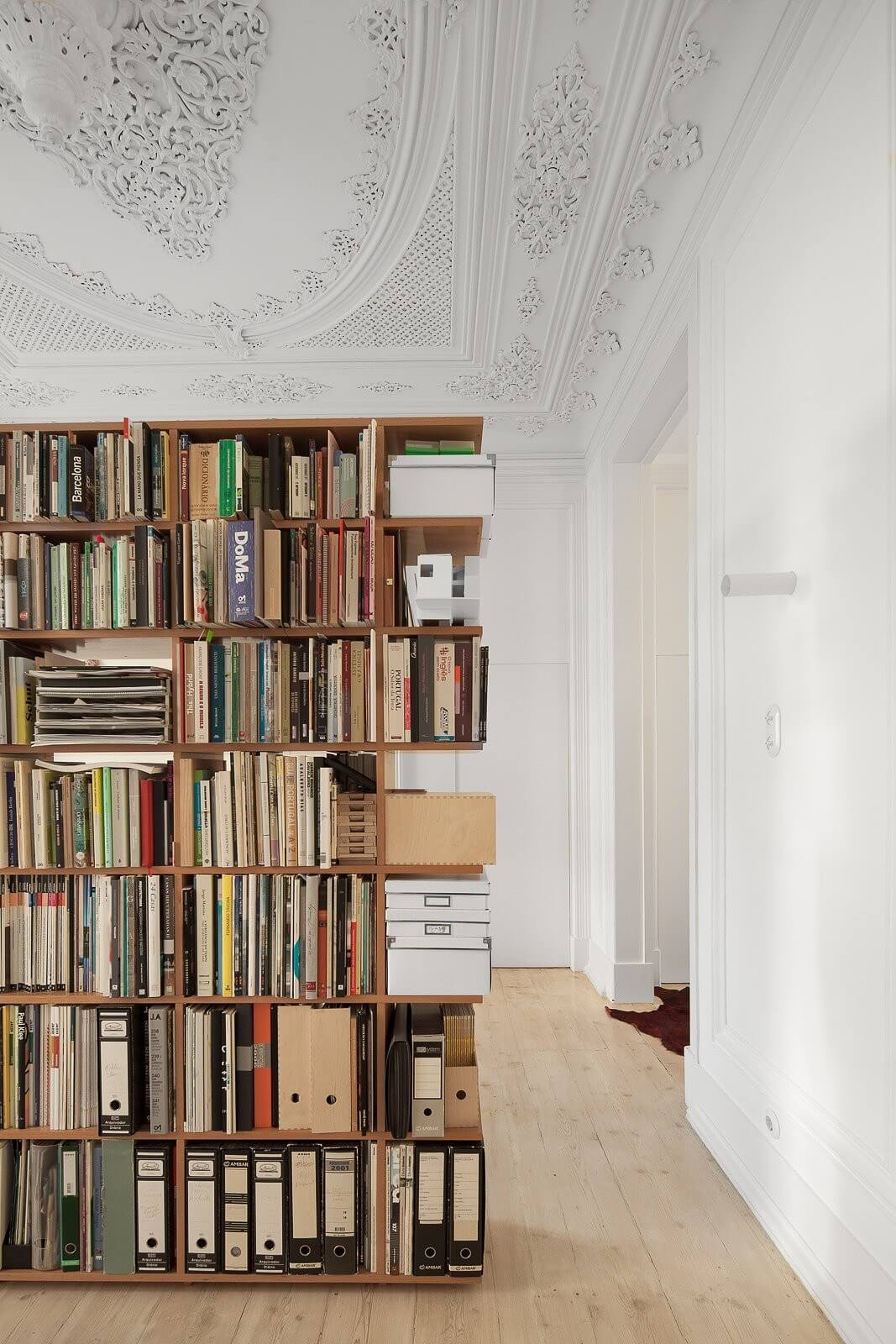 loft-lisbon-atelier-veloso-architects-07