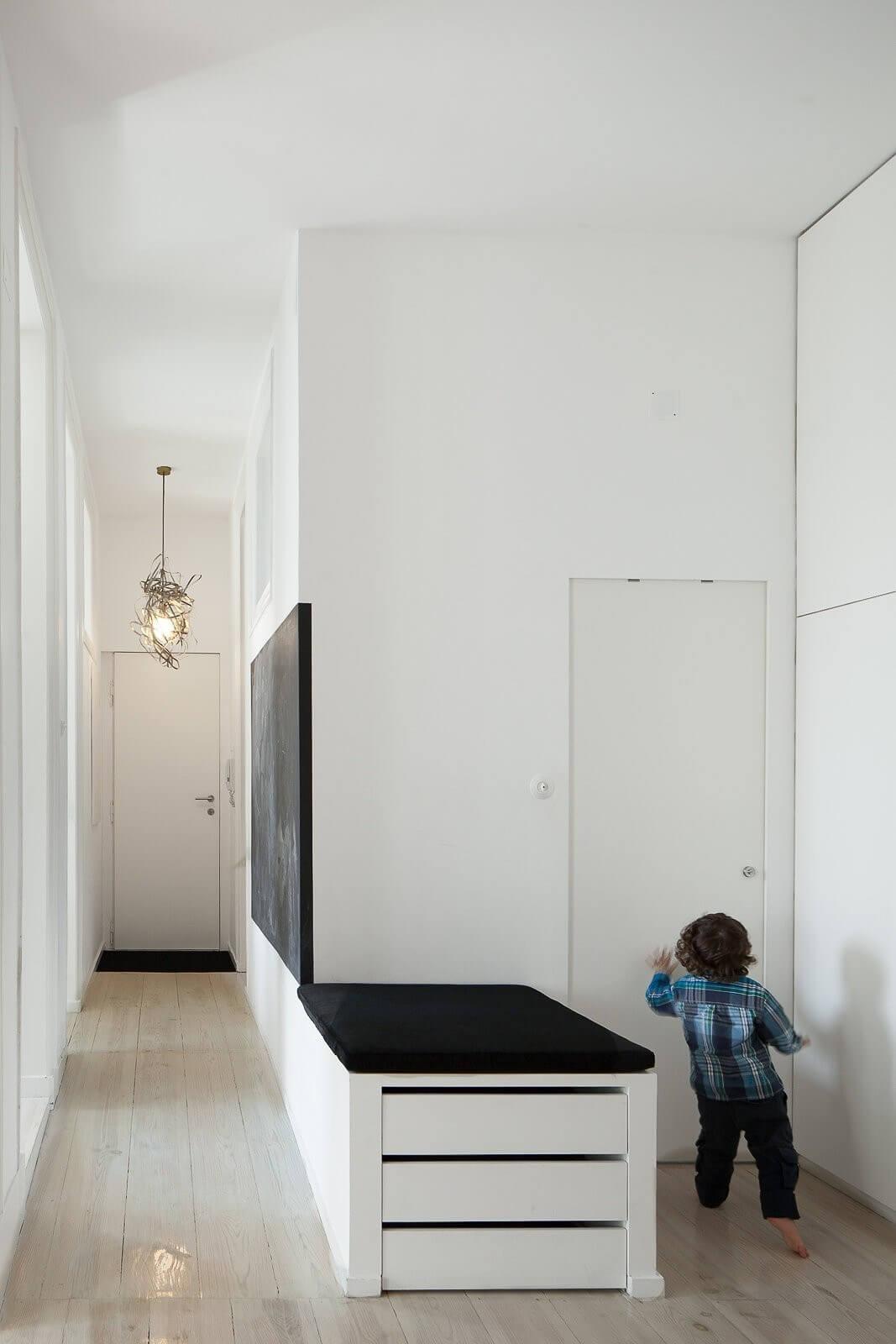 loft-lisbon-atelier-veloso-architects-15