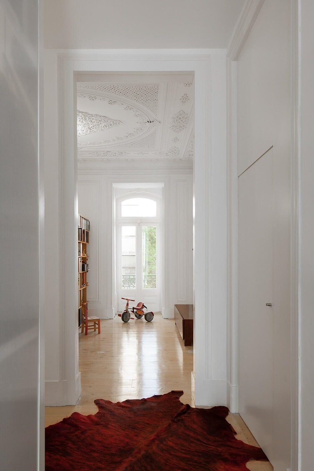 loft-lisbon-atelier-veloso-architects-16