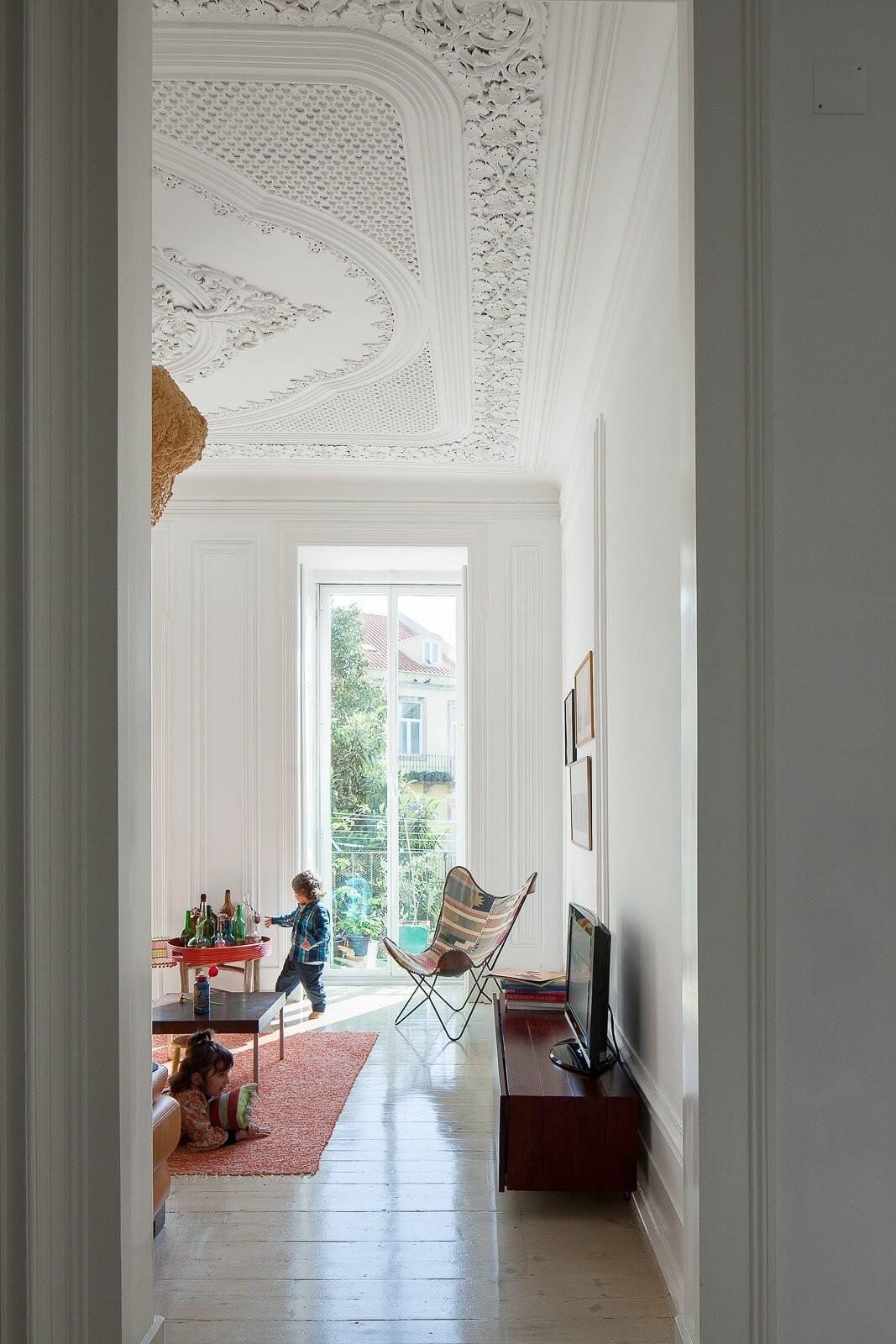 loft-lisbon-atelier-veloso-architects-19