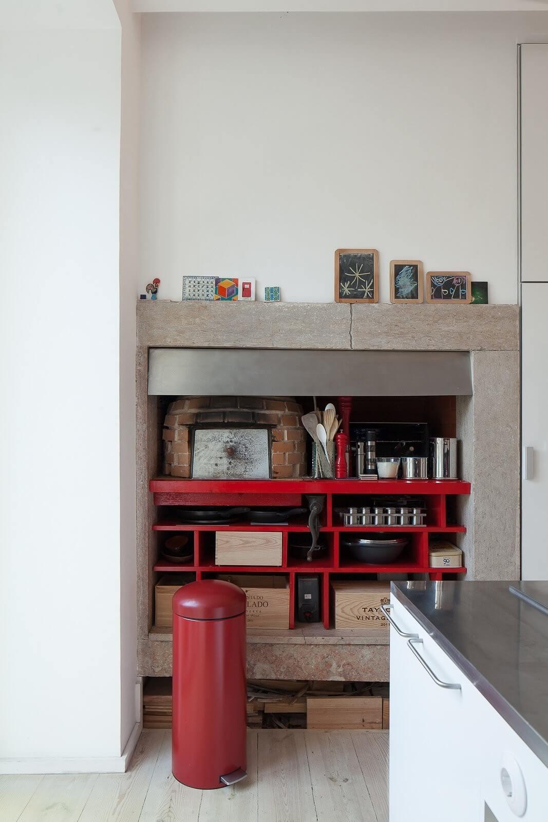 loft-lisbon-atelier-veloso-architects-22