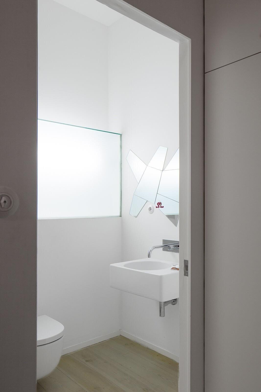 loft-lisbon-atelier-veloso-architects-23