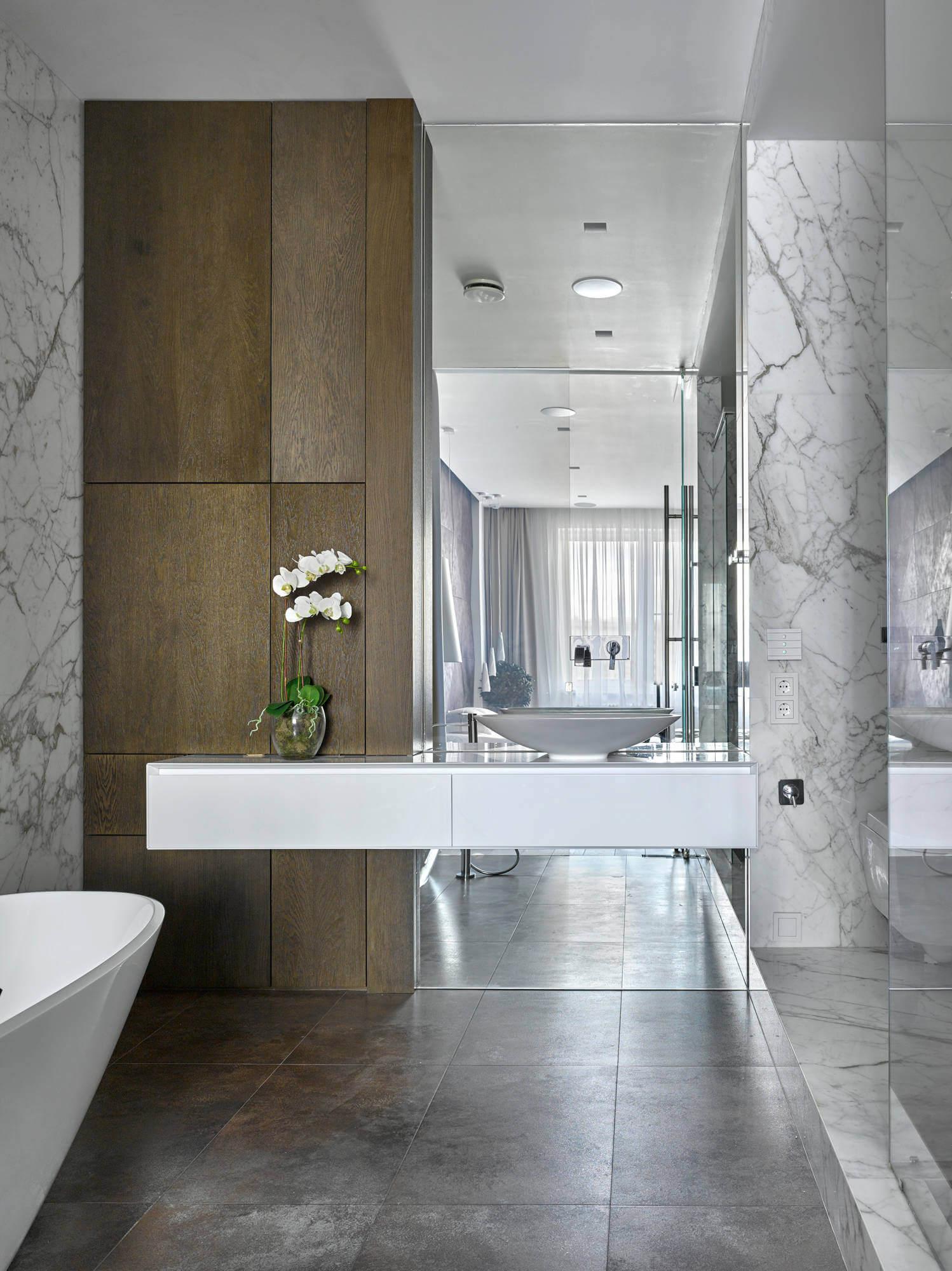 Stoletova Street Apartment by Alexandra Fedorova  ~ Waschbecken Tisch