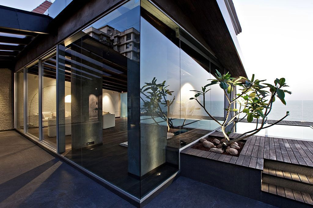 villa-in-the-sky-01