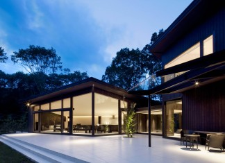 Y House by M's Architects