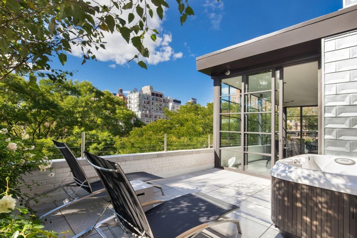 460-West-22nd-Street-Sophisticated-Home-03