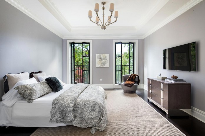 460-West-22nd-Street-Sophisticated-Home-12