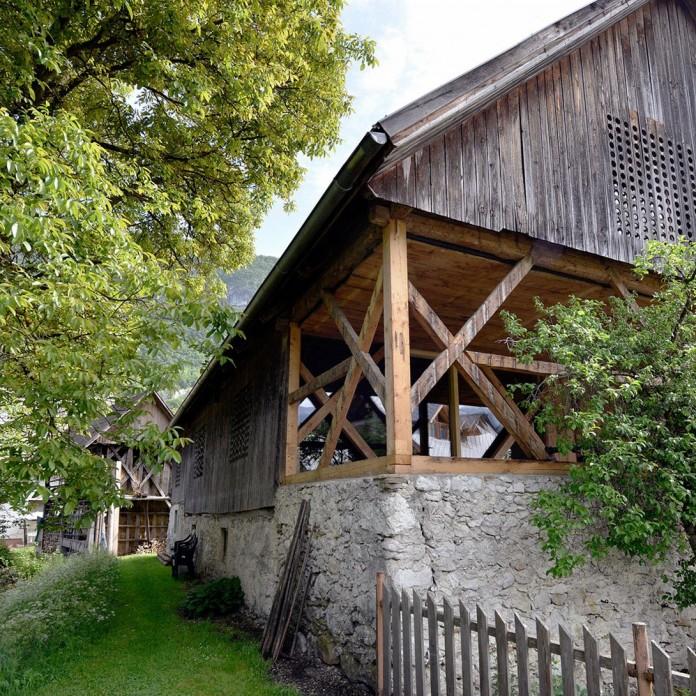 Alpine-Barn-Apartment-by-OFIS-Arhitekti-03