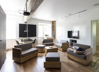 Bagritsky Apartment by Ruetemple