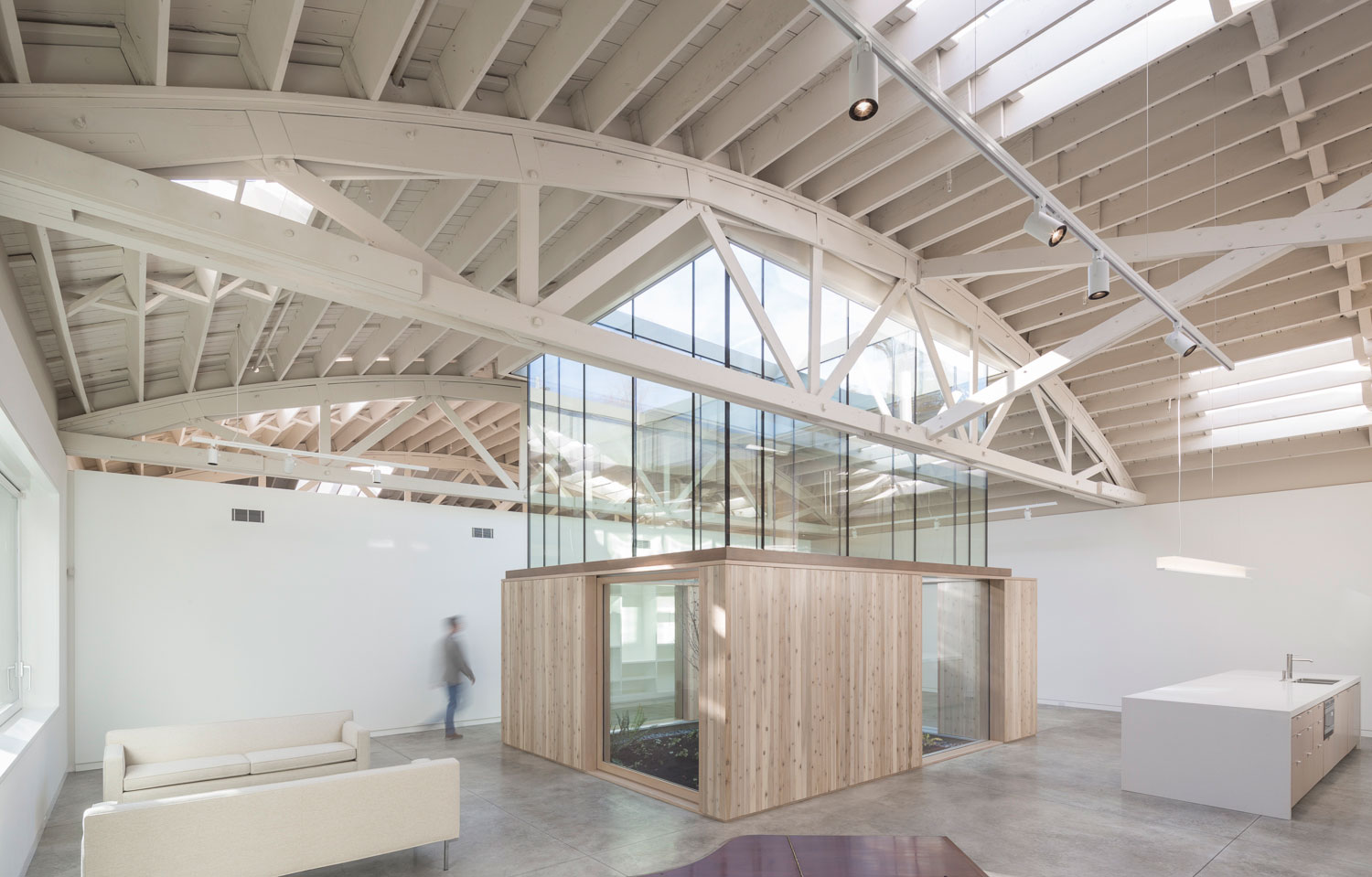 Browstring-Truss-House-12