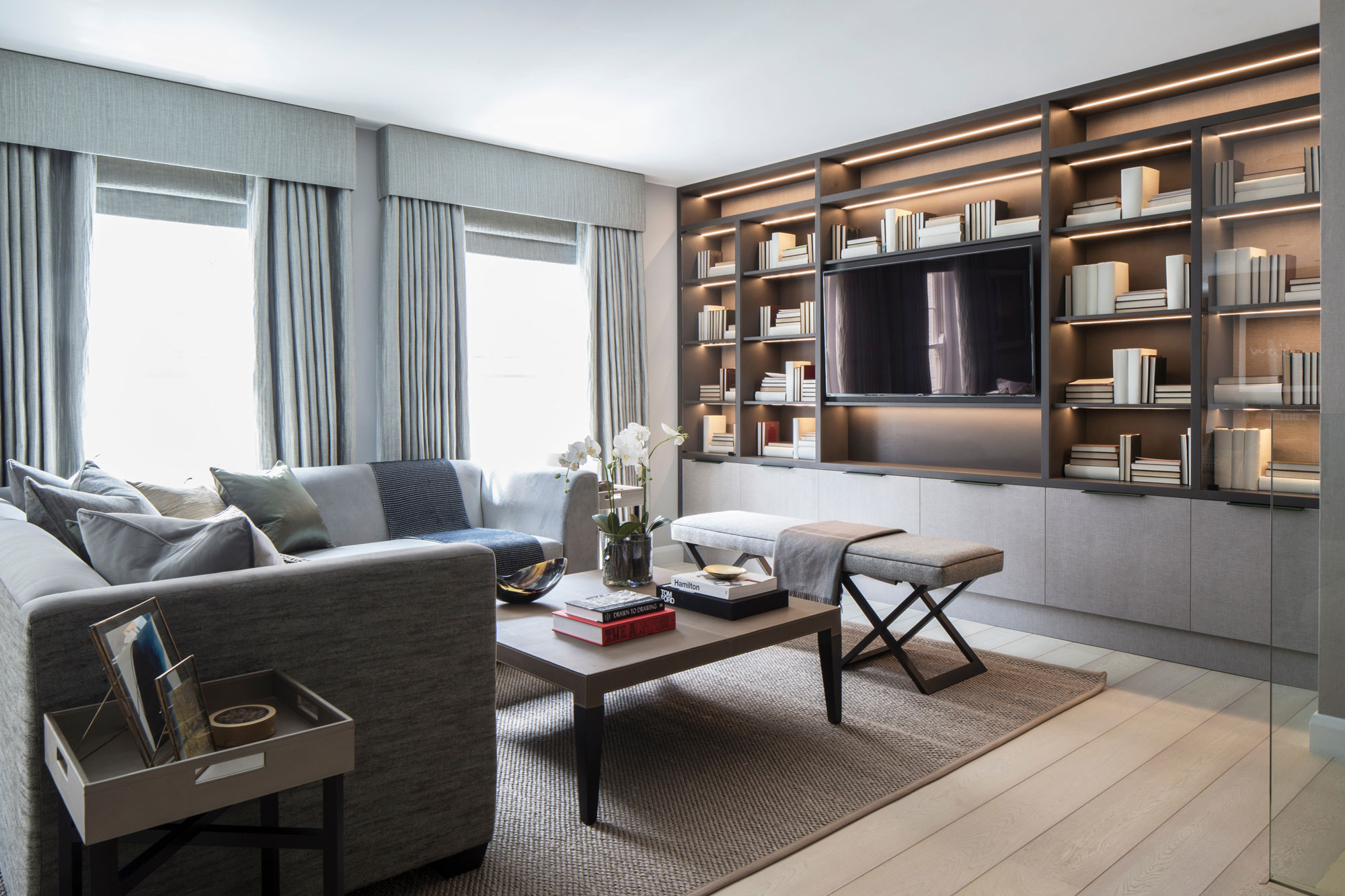Eaton Mews North Home by Roselind Wilson Design-01