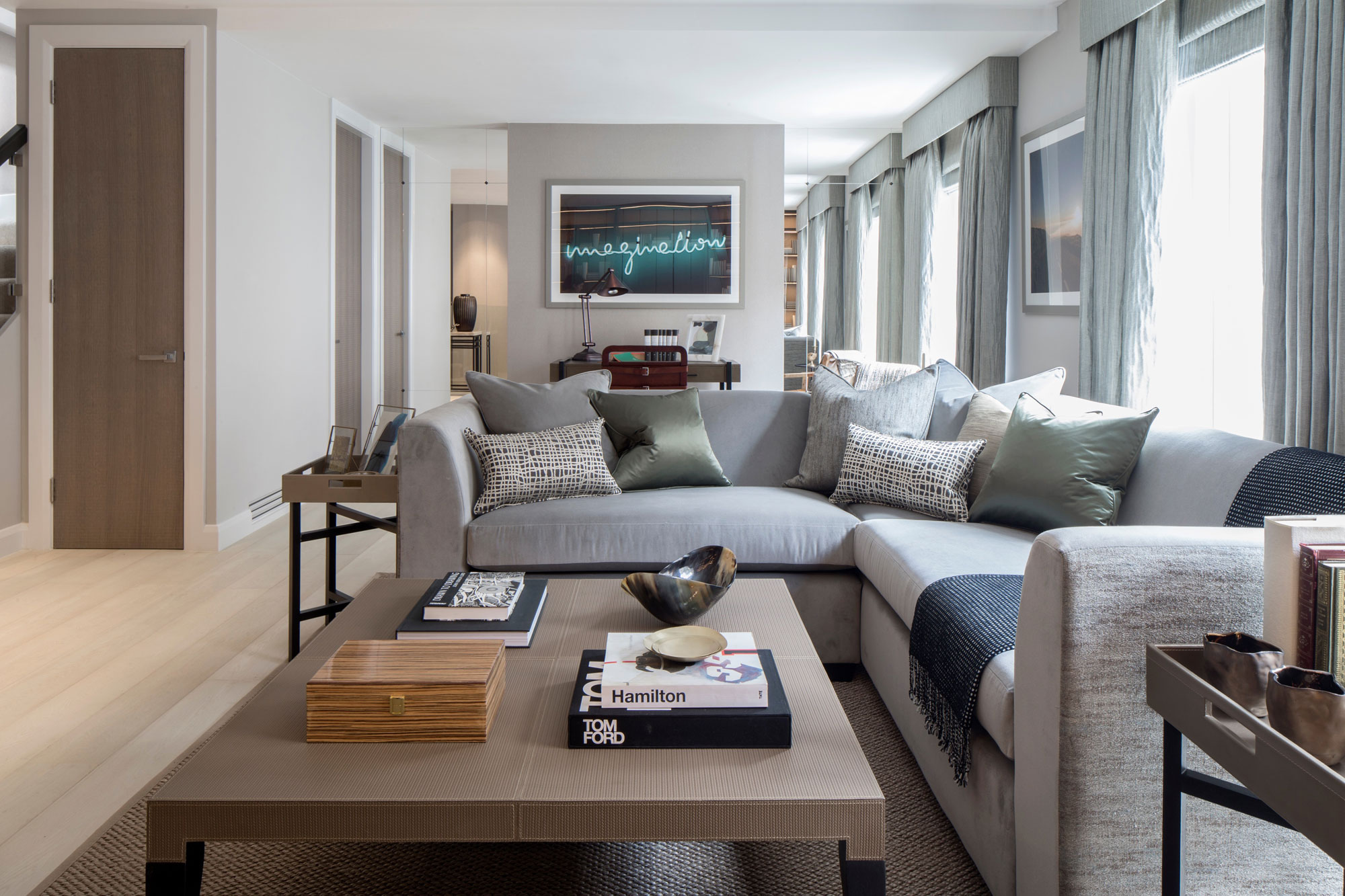 Eaton Mews North Home by Roselind Wilson Design-03