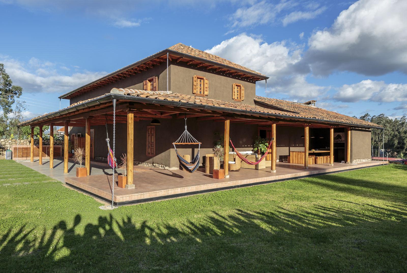 Loma House by Iván Andrés Quizhpe-04