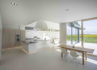 Meadocroft Contemporary Family House by OB Architecture