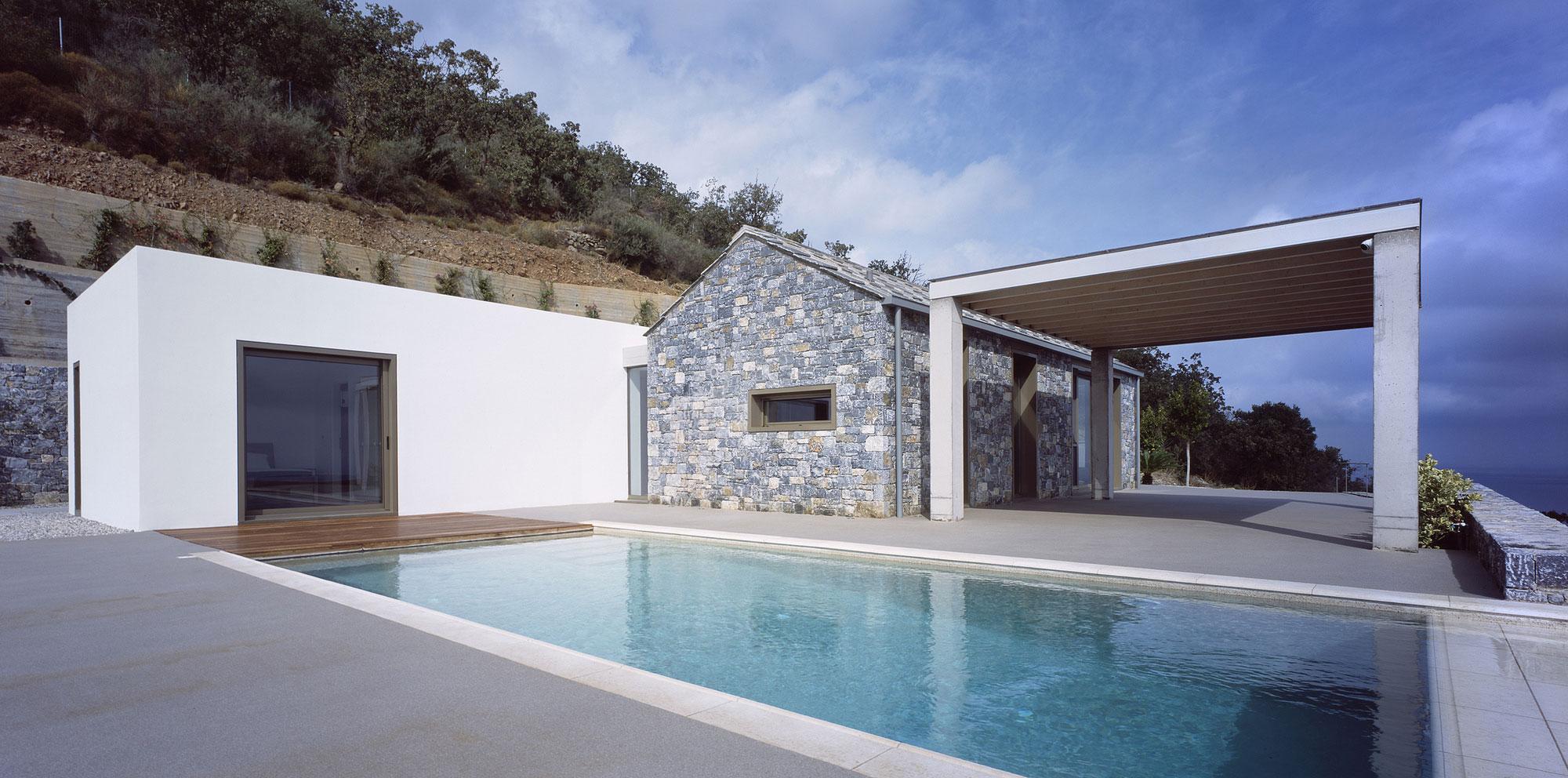 Melana Residence by Valia Foufa & Panagiotis Papassotiriou-04