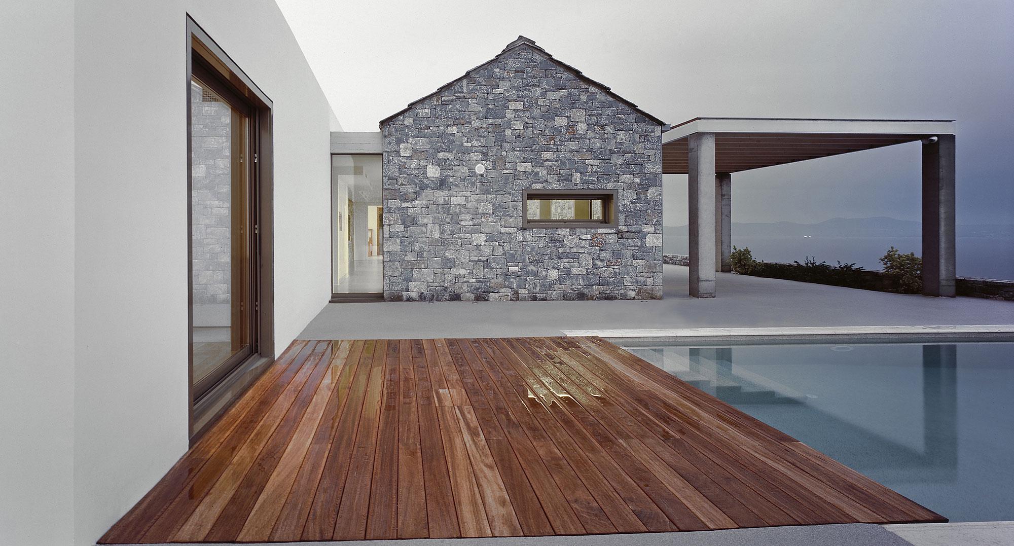 Melana Residence by Valia Foufa & Panagiotis Papassotiriou-05