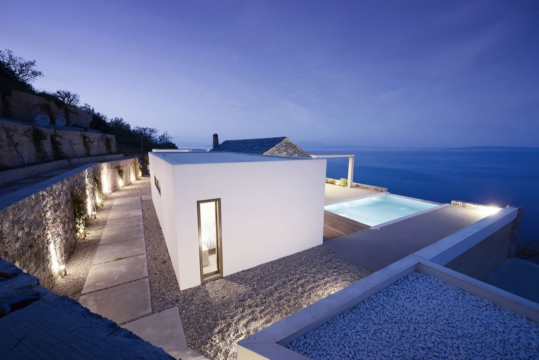 Melana Residence by Valia Foufa & Panagiotis Papassotiriou