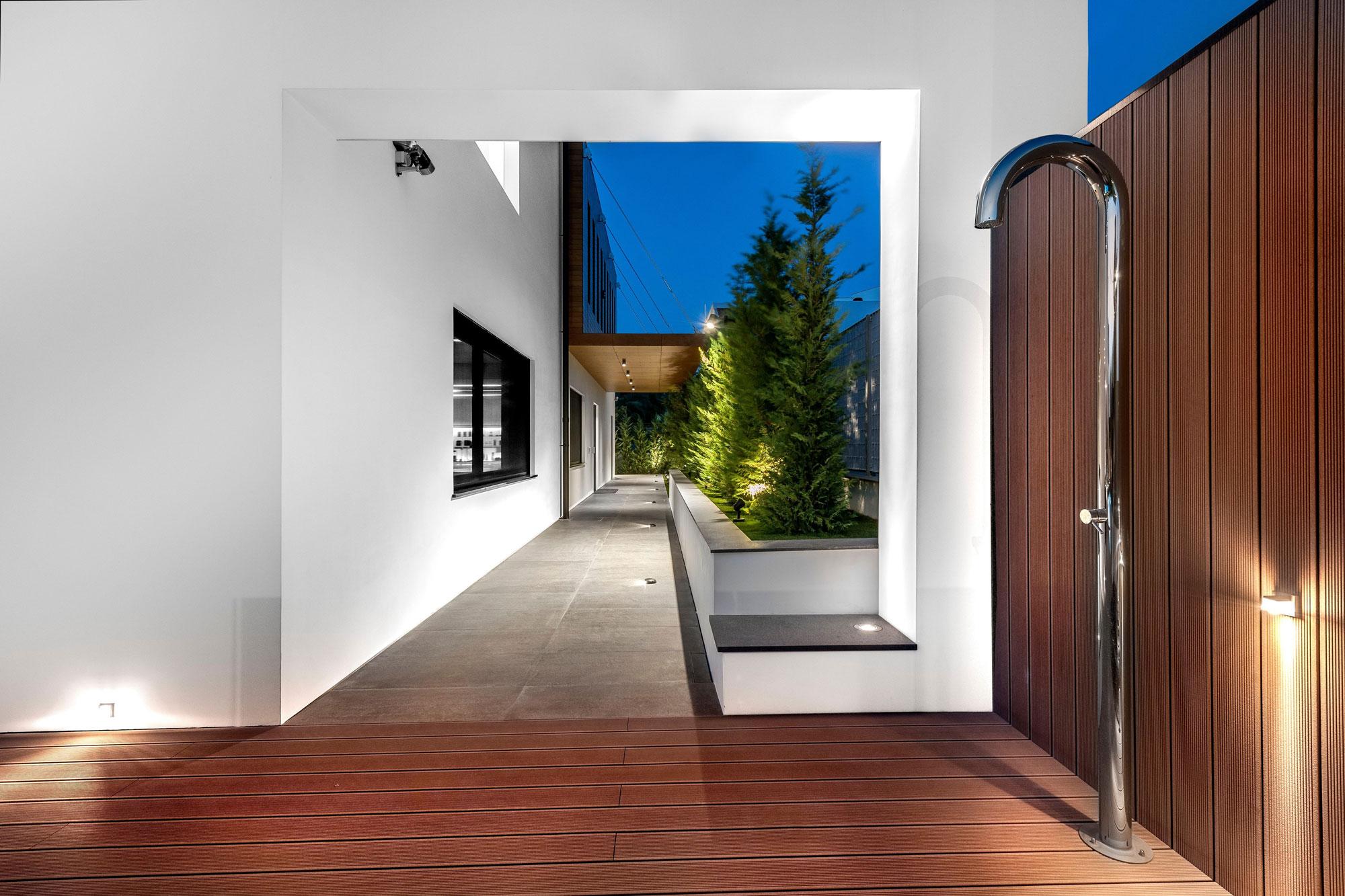 Residence-in-Glyfada-15