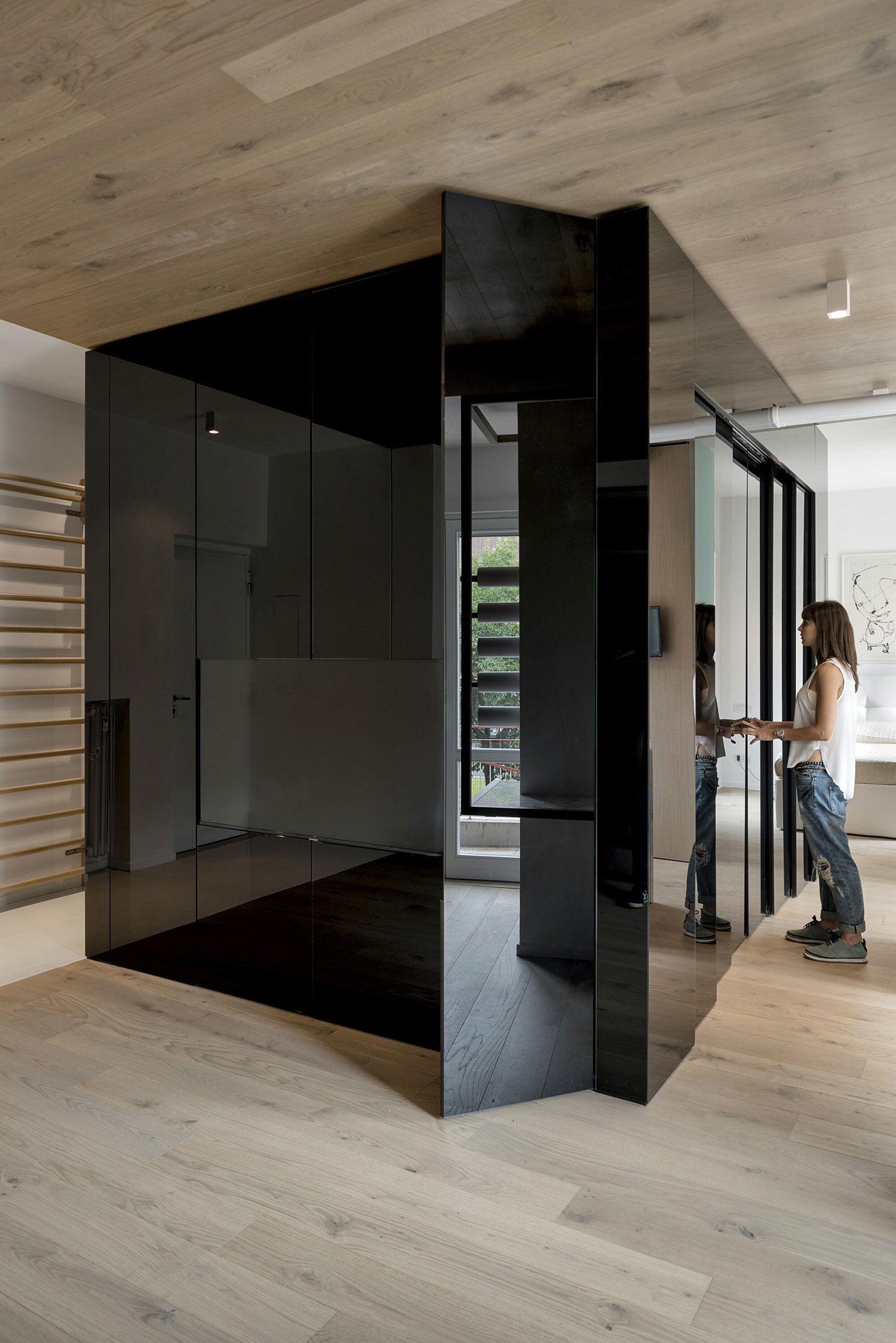 The Cube Apartment in Rome by Noses Architects-01