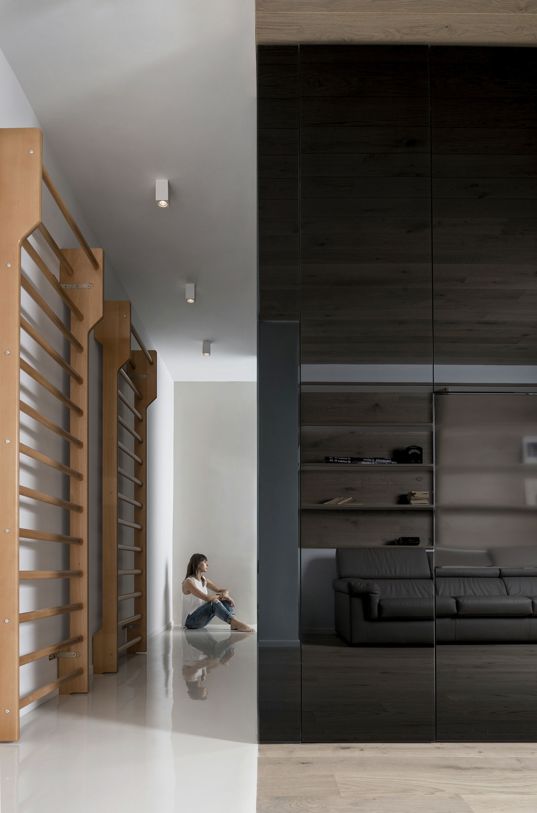 The Cube Apartment in Rome by Noses Architects-02