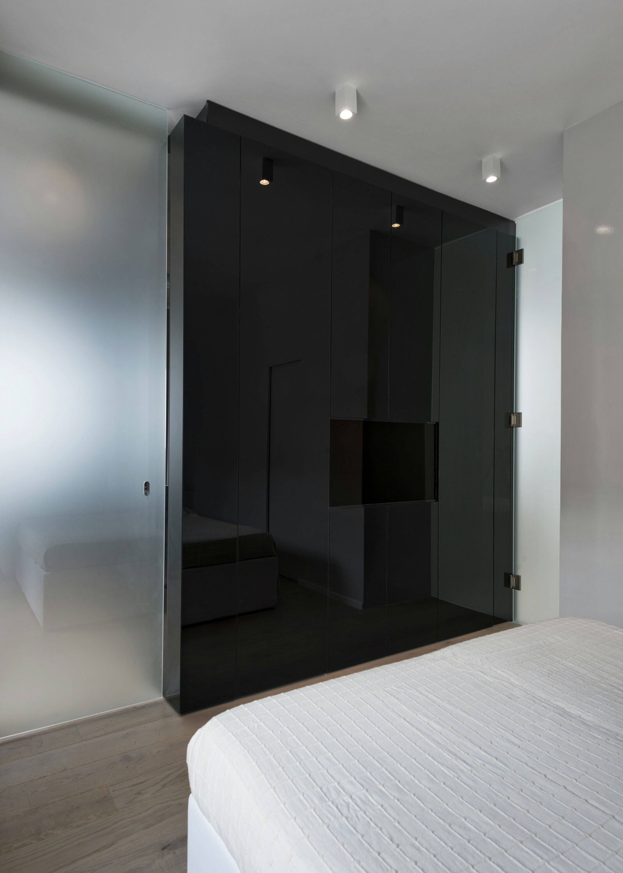 The Cube Apartment in Rome by Noses Architects-12