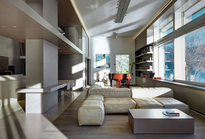 Villa T by Arkham Project
