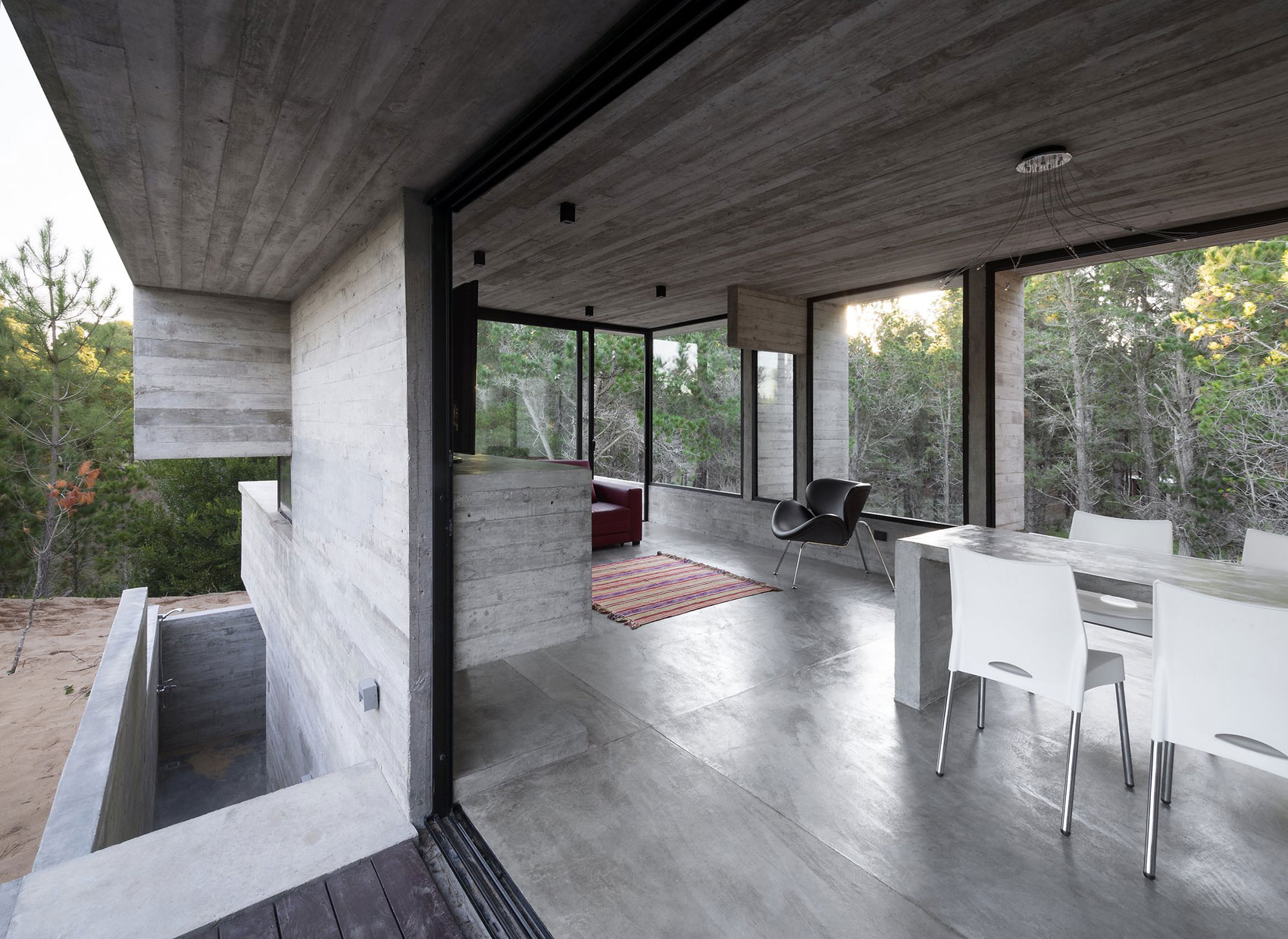 Wein House by Besonias Almeida Arquitectos-05