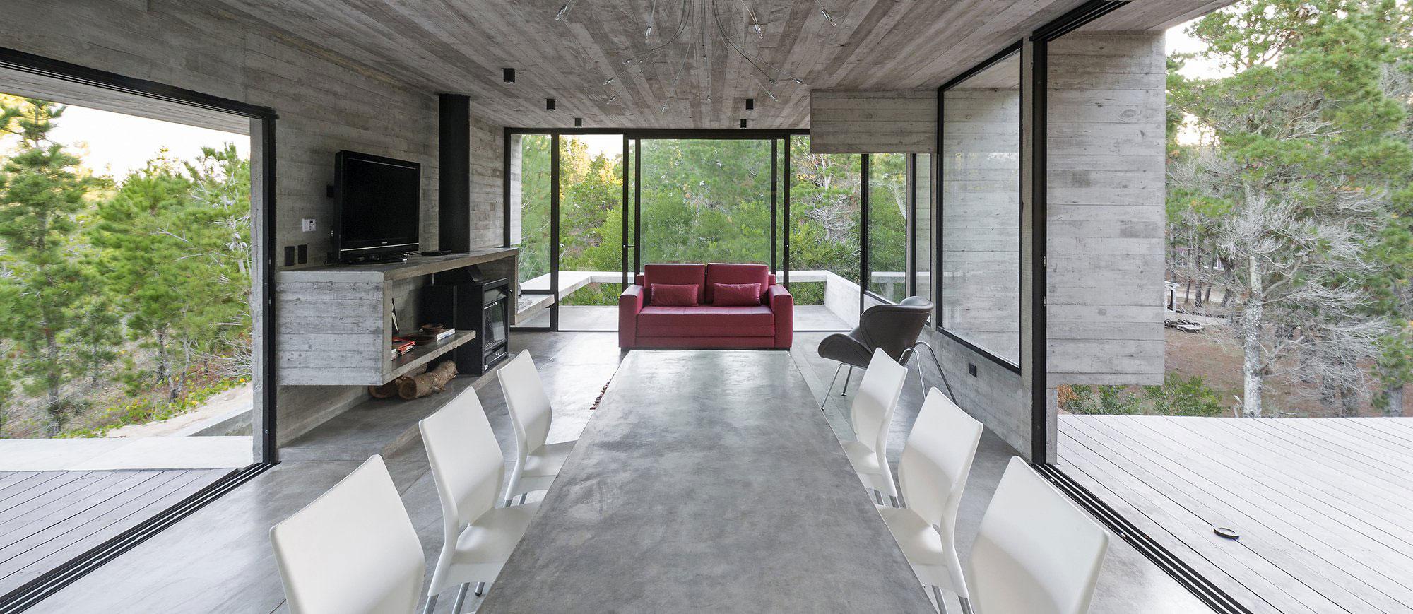 Wein House by Besonias Almeida Arquitectos-06