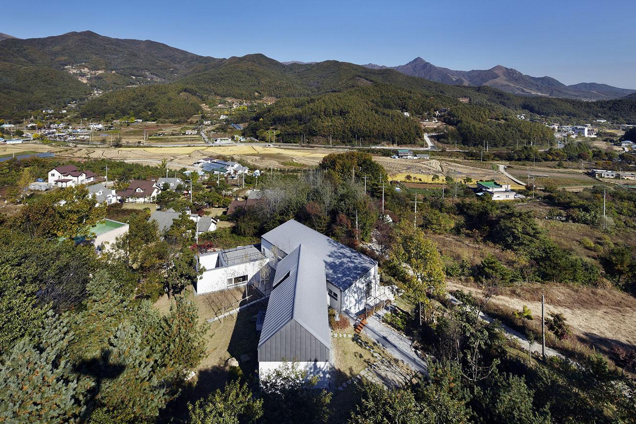 Yangpyeong Passive House by Engineforce Architect-01