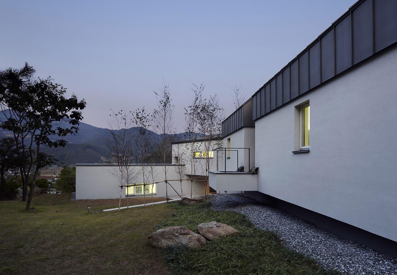 Yangpyeong Passive House by Engineforce Architect-19