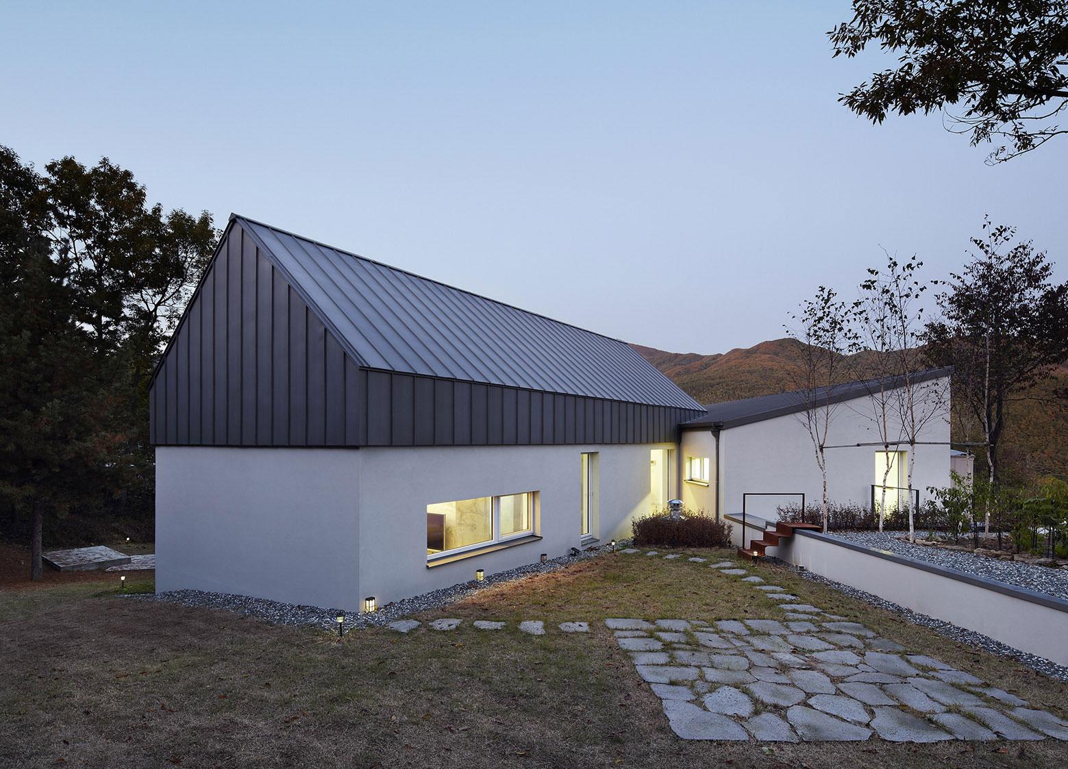 Yangpyeong Passive House by Engineforce Architect-21