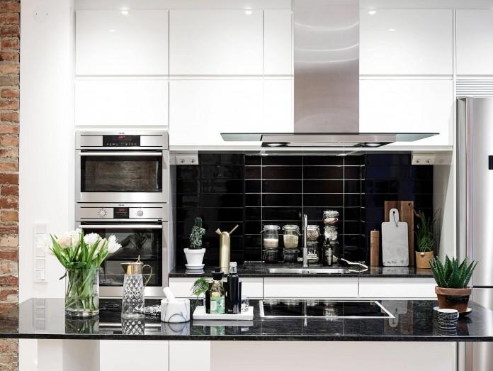 elegant-scandinavian-apartment-in-linnegatana-central-urban-district-of-gothenburg-11