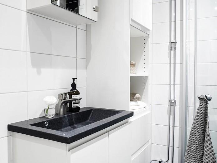 elegant-scandinavian-apartment-in-linnegatana-central-urban-district-of-gothenburg-16