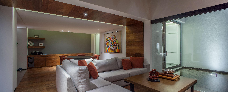 5 Courtyard Home by Almazán Arquitectos Asociados-16