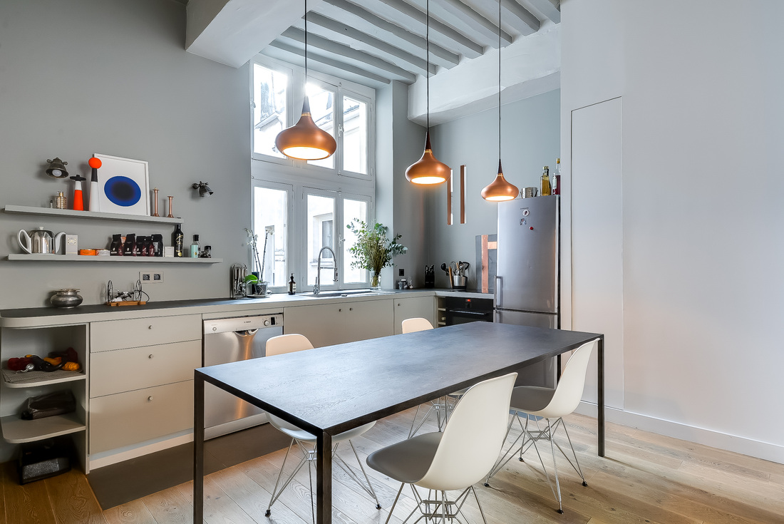 538 Square Foot Marais Loft in the Historical Heart of Paris by Tatiana Nicol-08