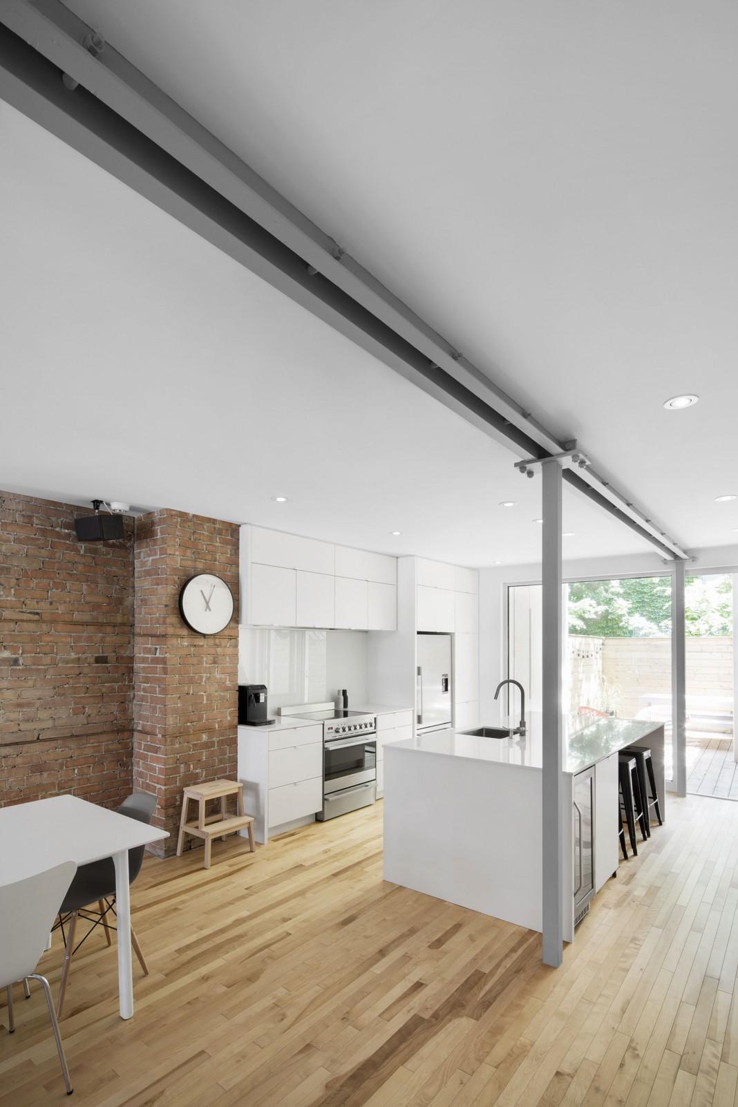 867 De Bougainville Apartment by Bourgeois/Lechasseur architects