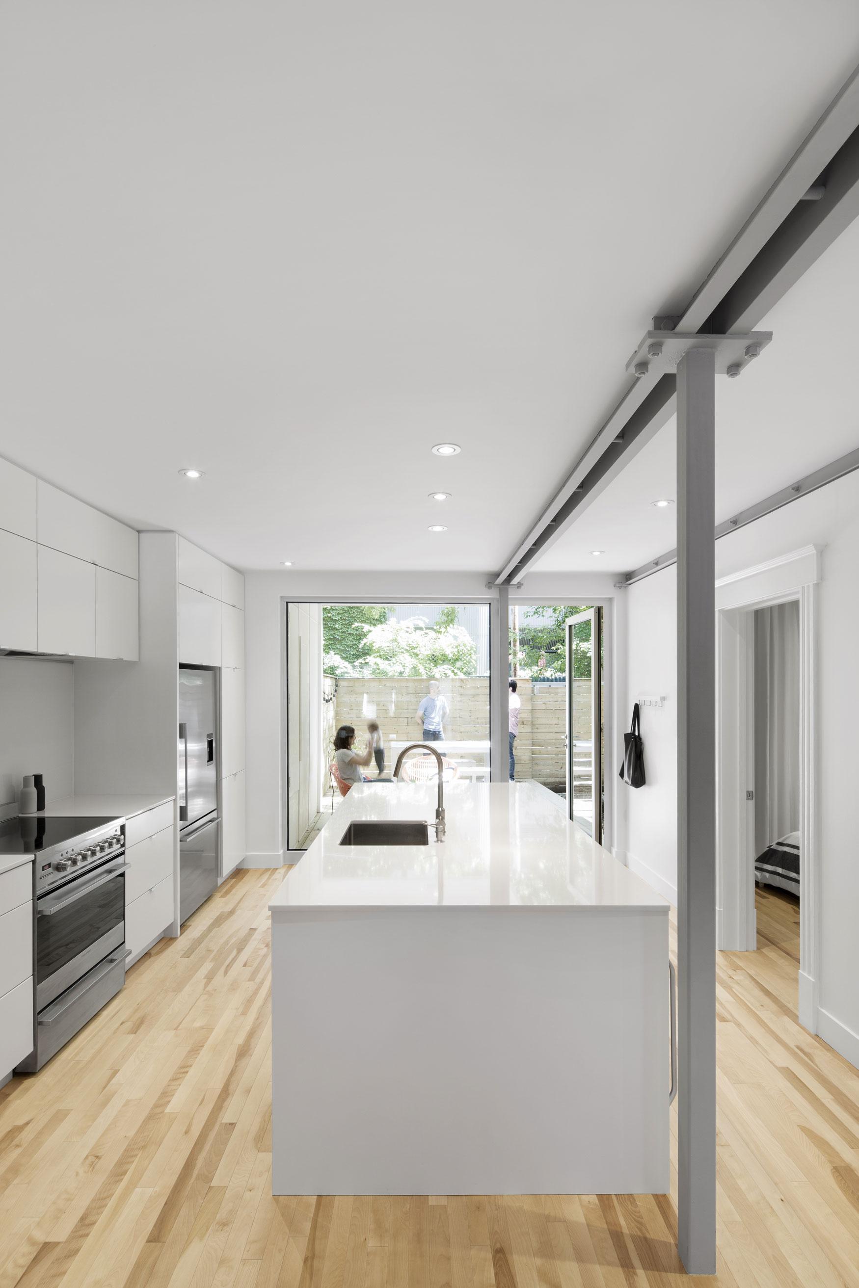 867 De Bougainville Apartment by Bourgeois:Lechasseur architects-04