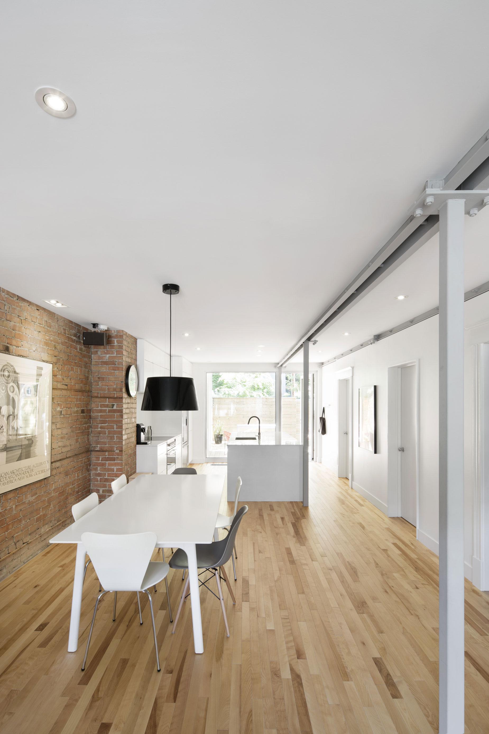 867 De Bougainville Apartment by Bourgeois:Lechasseur architects-06