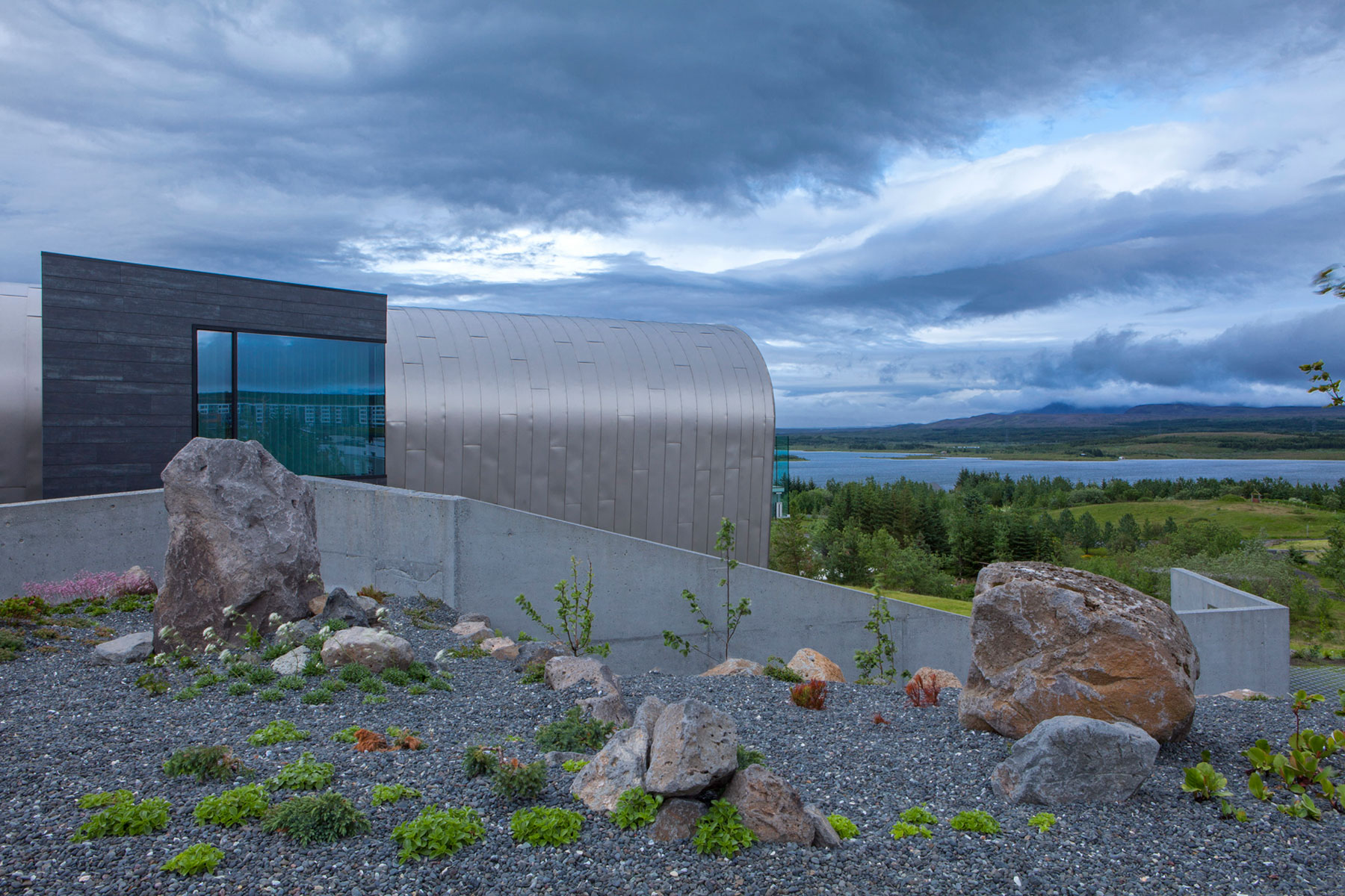 A Tribute to Science and Discovery: House of Shapes by EON architecture-02