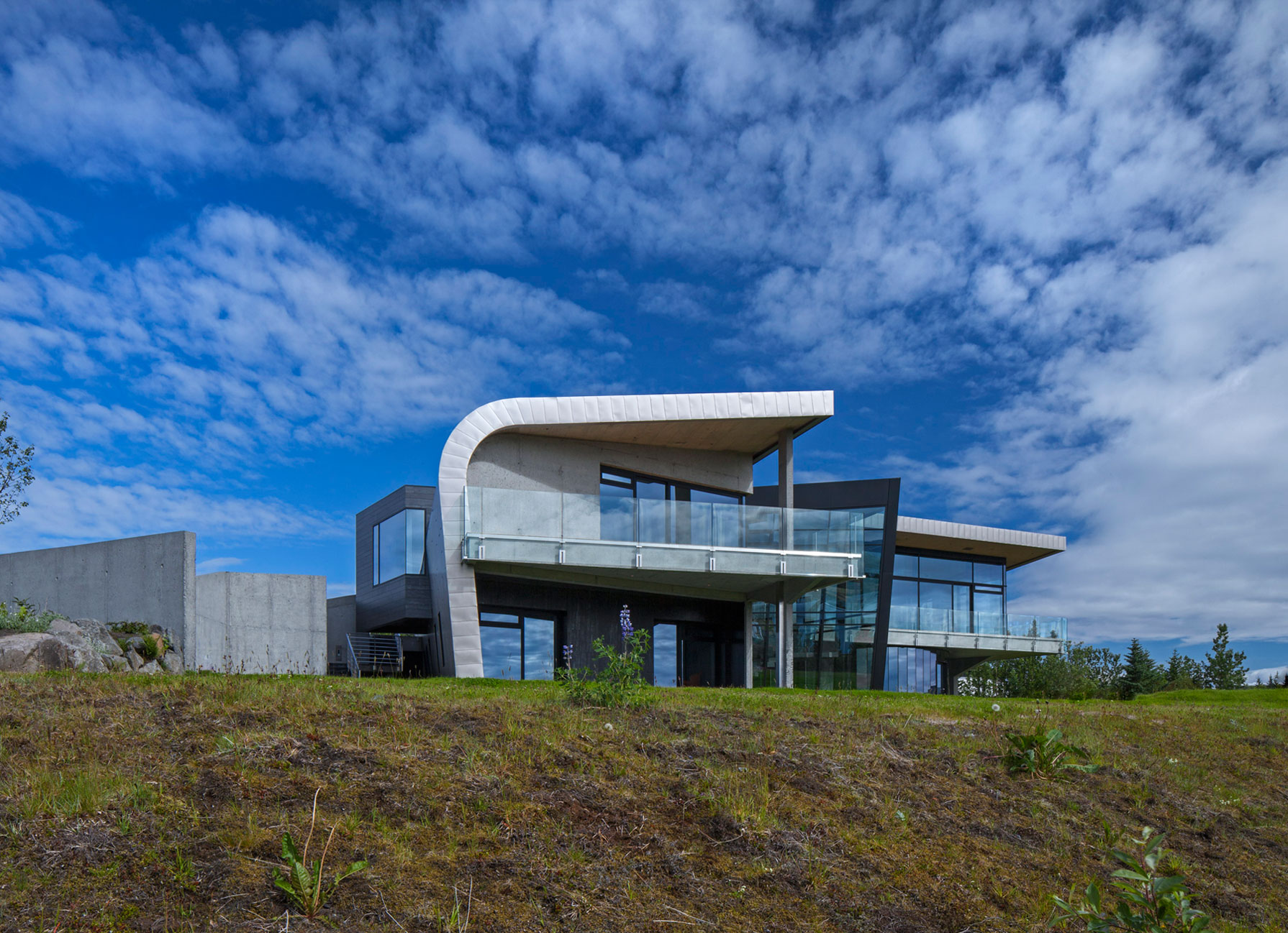 A Tribute to Science and Discovery: House of Shapes by EON architecture-06