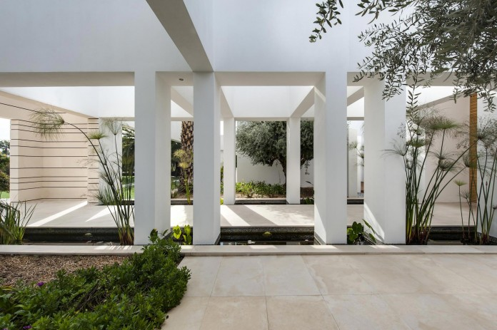 A-house-on-an-estate-in-the-Shfela-area-by-Dan-and-Hila-Israelevitz-Architects-03