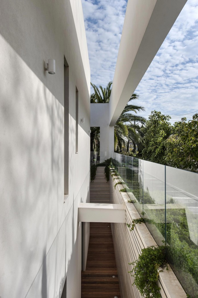 A-house-on-an-estate-in-the-Shfela-area-by-Dan-and-Hila-Israelevitz-Architects-04
