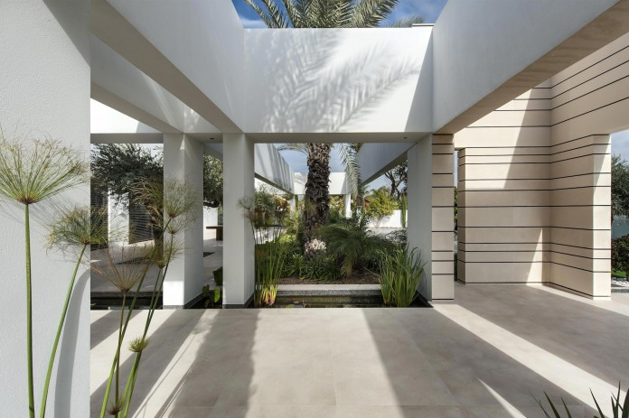A-house-on-an-estate-in-the-Shfela-area-by-Dan-and-Hila-Israelevitz-Architects-05