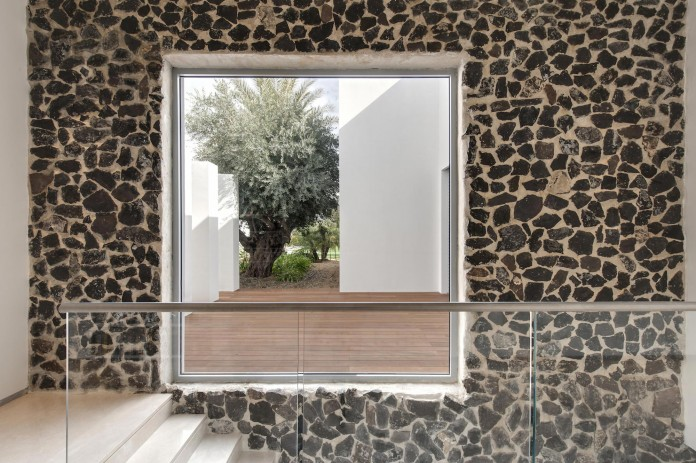 A-house-on-an-estate-in-the-Shfela-area-by-Dan-and-Hila-Israelevitz-Architects-17