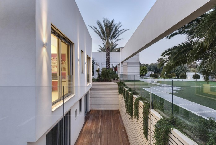 A-house-on-an-estate-in-the-Shfela-area-by-Dan-and-Hila-Israelevitz-Architects-27