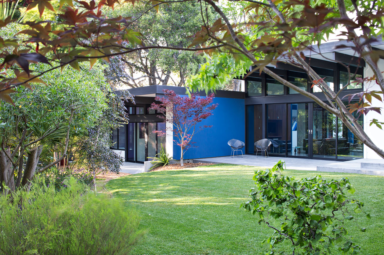 Atrium House, a Mid-century Architecture Residence by Klopf Architecture-‏02