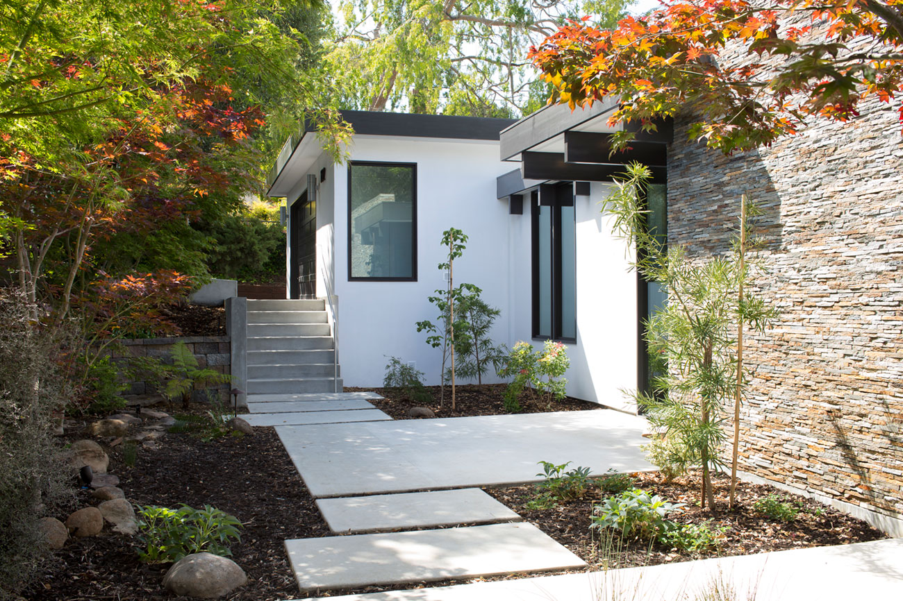 Atrium House, a Mid-century Architecture Residence by Klopf Architecture-04