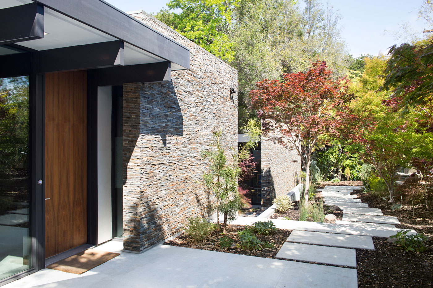 Atrium House, a Mid-century Architecture Residence by Klopf Architecture-05