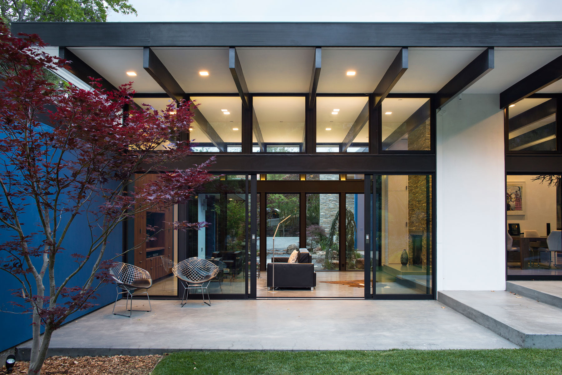 Atrium House, a Mid-century Architecture Residence by Klopf Architecture-‏30