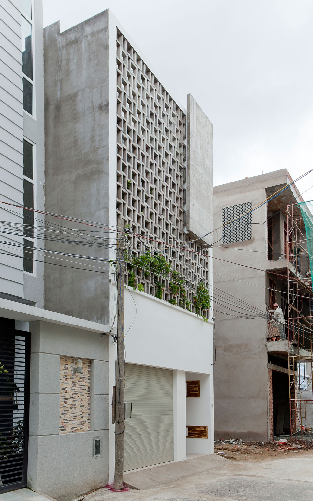 B Residence by I.House Architecture and Construction-01
